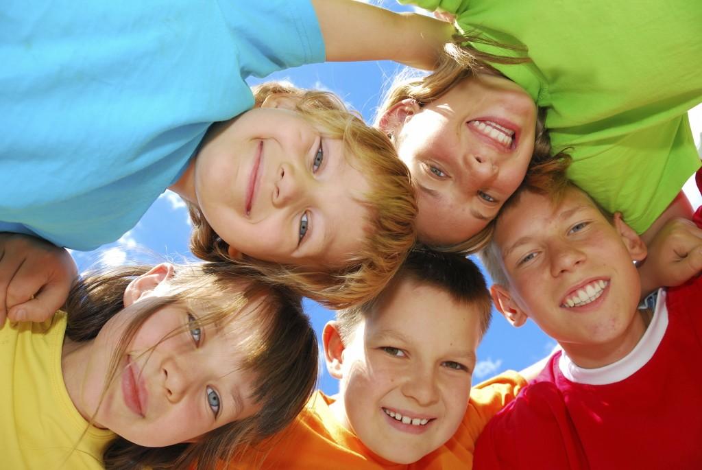 istock_group_of_children.211164747-1024x685